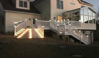 Custom Design Composite Deck, Solar Post Caps, Stair lights
