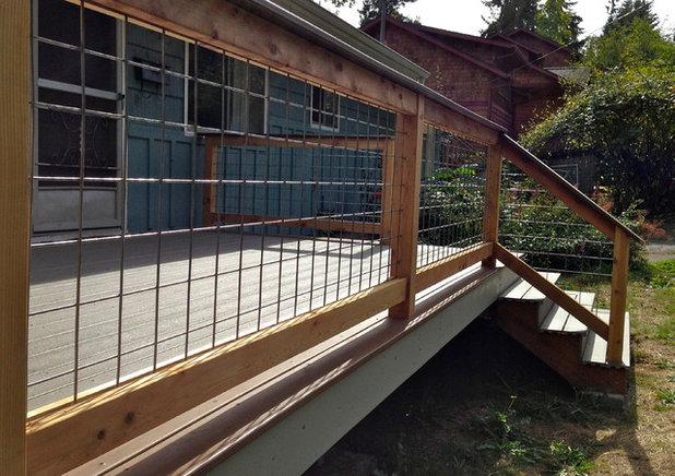 Deck by LandArc Landscaping & Design