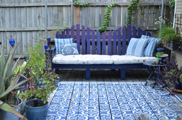 Traditional Deck by Sarah Greenman