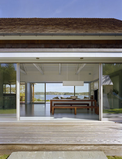 Beach Style Deck by Robert Young Architects
