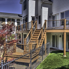 Traditional Deck by Heartlands Building Company
