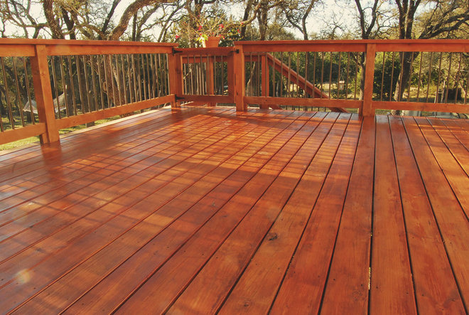 Traditional Deck by DC Keeton Home Improvements