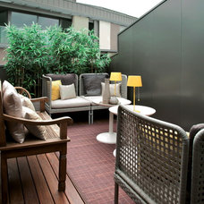 Contemporary Deck by Design Partners International - DPI Group