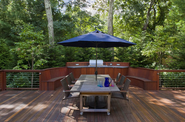 Contemporary Deck by Eisner Design LLC