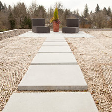 Modern Deck by Whitney Lyons