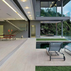 Contemporary Deck by Heritage Tiles NZ