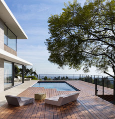 modern patio by bittonidesignstudio