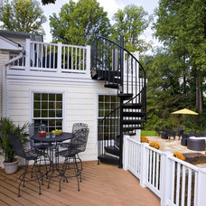 Traditional Deck by Smiley Renovations