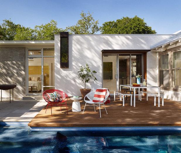 Midcentury Deck by Chioco Design
