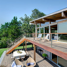 Contemporary Deck by Bates Masi Architects LLC