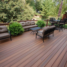 Traditional Deck by California Custom Decks