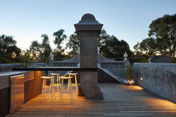 Contemporary Deck by MMAD Architecture