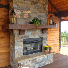 Traditional Deck by Big Mountain Builders