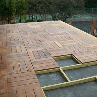 Inspiration for a medium sized contemporary roof terrace and balcony in Columbus with no cover.