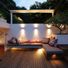 Contemporary Deck by Designhunter