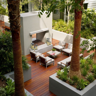 Design ideas for an expansive industrial deck in Los Angeles with no cover.
