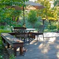 Traditional Deck by Terralinda Design