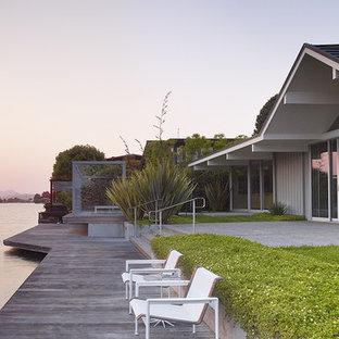 Gary Hutton Lagoon House