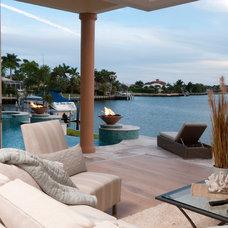 Beach Style Deck by Divco Custom Homes
