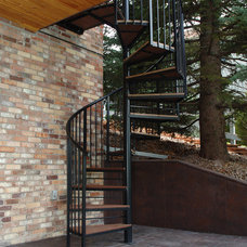 Traditional Deck by Rolling Ridge Deck & Outdoor Living Co.
