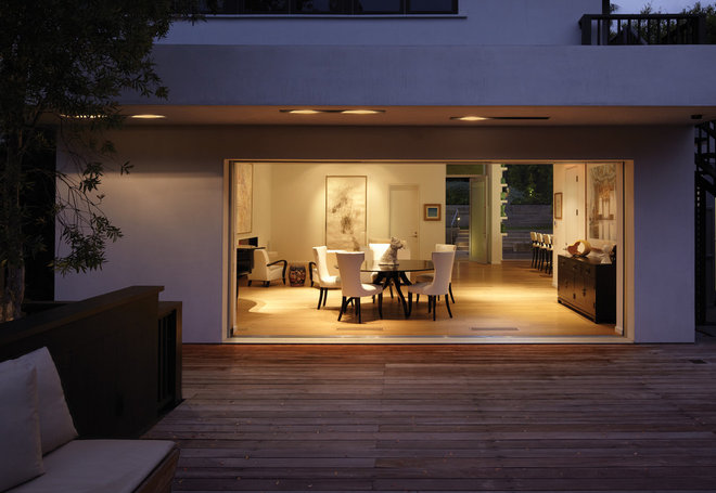 Modern Deck by Griffin Enright Architects
