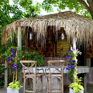 Deck - tropical deck idea in New York