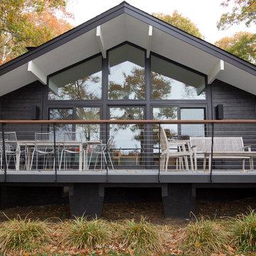 Hamptons House - SHOU SUGI BAN
