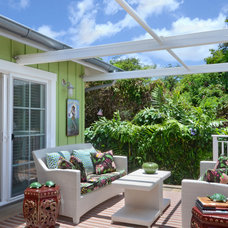 Tropical Deck by Peabody's Interiors