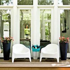Contemporary Deck by Mark Hickman Homes