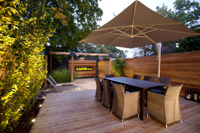 Modern Deck by Red Leaf Fine Landscapes