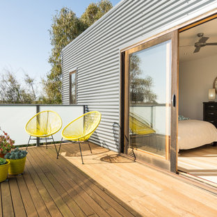 Design ideas for a contemporary deck in Melbourne with no cover.