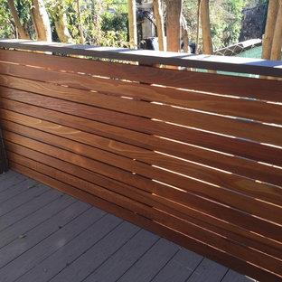 Deck - modern deck idea in Los Angeles