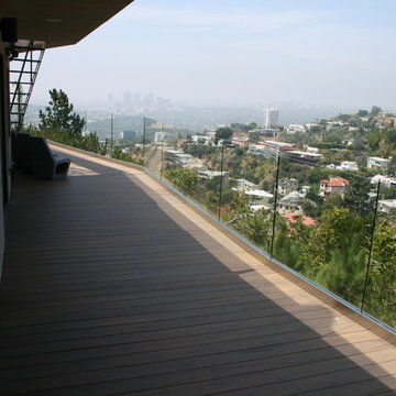 Hollywood Hills Composite deck/balcony.
