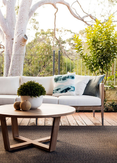 Contemporary Terrace by Webb & Brown-Neaves