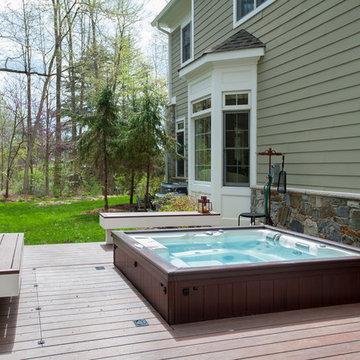 Hot tub deck in Bethesda
