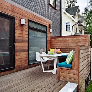 Ispirazione per terrazze e balconi design di medie dimensioni e dietro casa con nessuna copertura