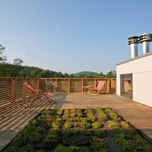 Example of a danish rooftop deck design in New York