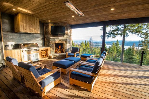Rustic Deck by Brandt Construction LLC