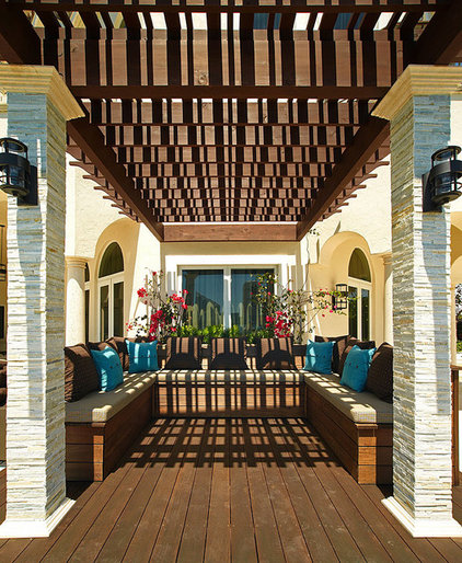 Mediterranean Deck by b+g design inc.