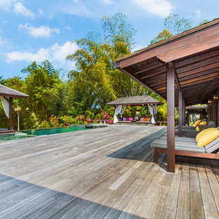 Inspiration for a tropical deck remodel in Hawaii