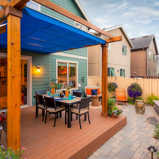 Transitional deck photo in Portland