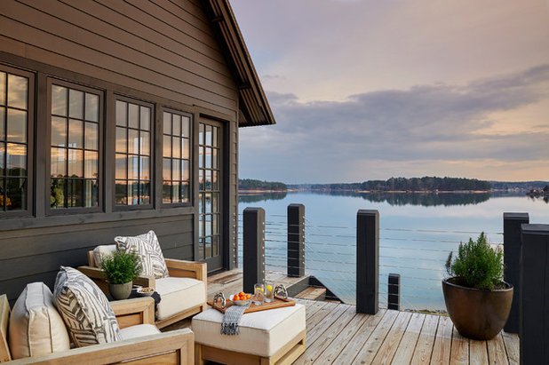 Beach Style Deck by Long and Long Design