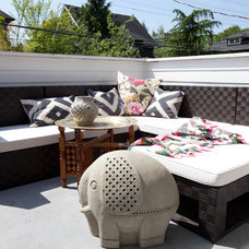 Eclectic Deck by The Cross Interior Design