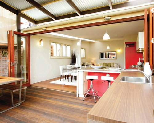 This Is An Example Of A Contemporary Outdoor Kitchen Porch Design In Sydney.