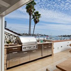 Beach Style Deck by Anne Michaelsen Design