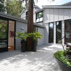 Contemporary Porch by Conrado - Home Builders