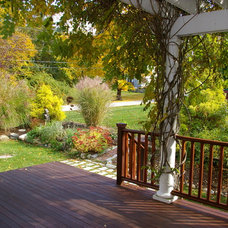 Traditional Deck by Duxborough Designs