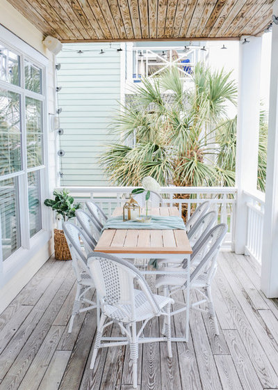 Beach Style Deck by Mary Hannah Interiors