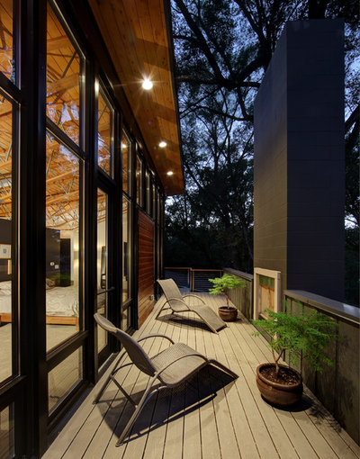 Cool Contemporary Deck by Bruns Architecture