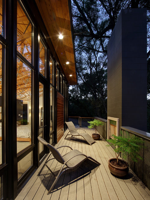 Second floor deck ideas houzz for Second floor deck